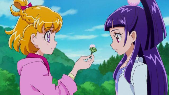 Mirai offers Riko her clover