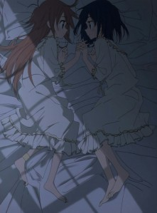 papika-x-cocona-in-bed