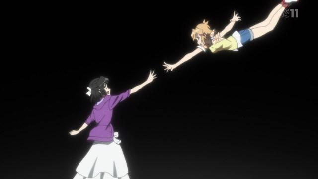 Hibiki responding to Miku's call