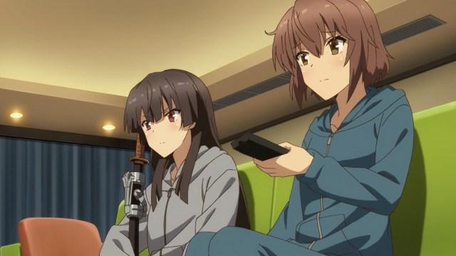 Kanami and Hiyori hiding out in Rui's apartment.jpg
