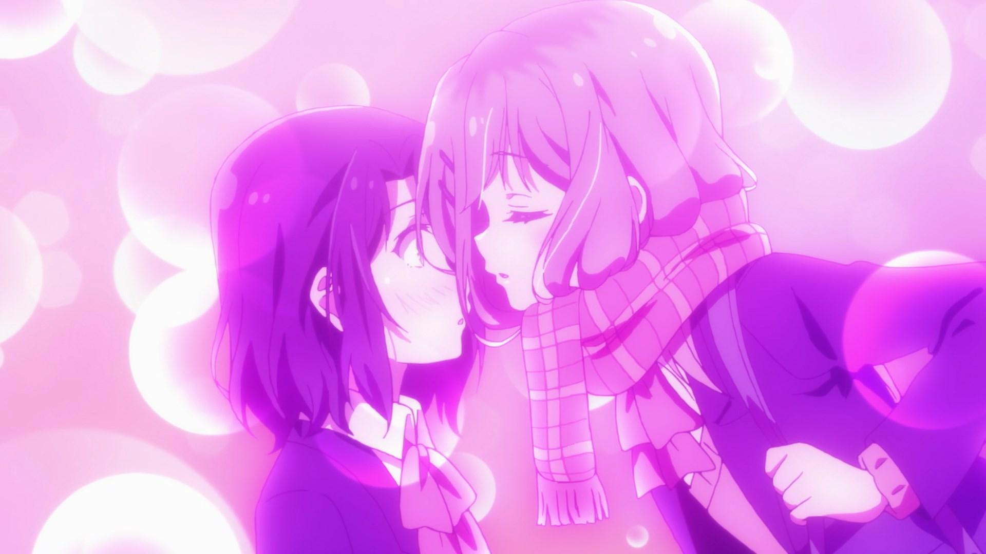 Shimamura whispers something to Adachi